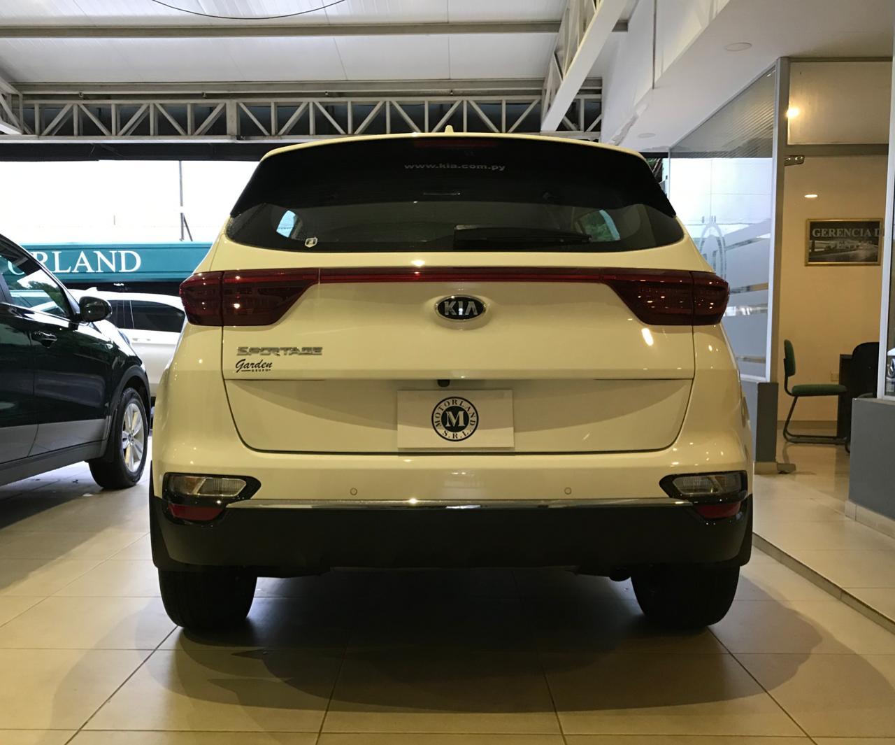 KIA SPORTAGE EX 2WD 2021